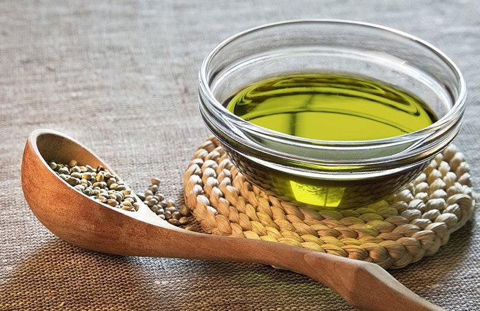5 rzeczy, które warto wiedzieć o oleju rycynowym